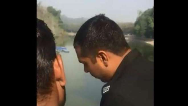پولیس نے کمسن بچی سے زیادتی کےملزم پکڑنے کیلئے والدین سے رشوت مانگ ..