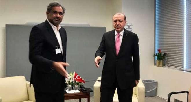 شاہد خاقان عباسی کا ترک صدر سے ٹیلی فونک رابطہ،