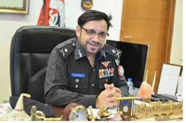 شہریوں سے احسن انداز میں گفتگو سے عوام میں پولیس کا مثبت پہلو ابھرتا ..