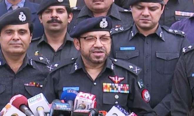 آئی جی سندھ نی11 سالہ لڑکی کے مبینہ اغواء کیس میں نامزد ملزمان کیخلاف ..