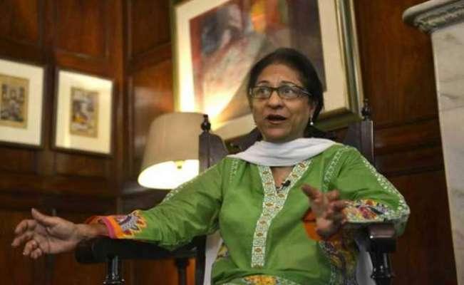 عاصمہ جہانگیر کی شخصیت اور ان کی خدمت مدر ٹریسا سے کسی طور پر کم نہیں ..