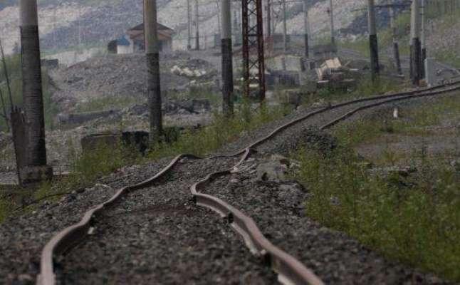 حیدرآباد،سحرش نگر میں ریلوے ٹریک پر دیسی ساختہ بموں کے دو دھماکوں سے ..