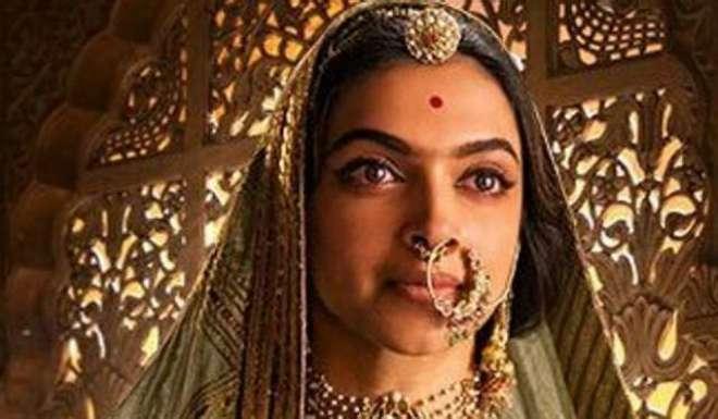 متنازع فلم پدماوت کے بعد رنویر سنگھ اور شاہد کپور کے ساتھ دپیکا کی ڈیمانڈ ..