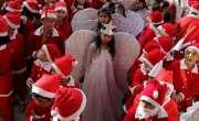 کرسمس کی آمد ، مسیحیوں کی بڑی تعداد نے شاپنگ کیلئے بازاروں کا رخ کر ..