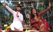 گانے ''چمکیلی'' کی وڈیو کے لیے مہوش حیات اور شاہ ویر جعفری بہترین ..