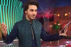 احسن خان بیک وقت دو ٹی وی چینلز پر رمضان ٹرانسمیشن کر کے مقبولیت میں ..