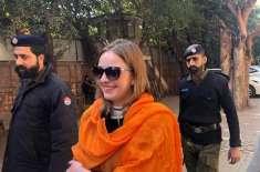 غیرملکی ماڈل قید کی سزا پر افسردہ