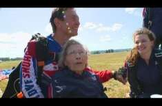 103-year-old skydiver leaps to Guinness World Record