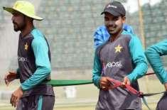 قومی ٹیم کی منیجمنٹ کا شاداب خان اور محمد عامر کو ورلڈکپ کے پہلے وارم ..