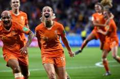ویمنز ورلڈ کپ فٹ بال ٹورنامنٹ، دفاعی چیمپئن امریکہ اور ہالینڈ کی ٹیمیں ..