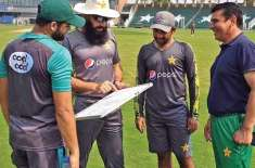 Sarfraz Ahmed refuses to accept PCB offer to quit captaincy: big reveal Chief executive Wasim Khan offers hunger strike ..