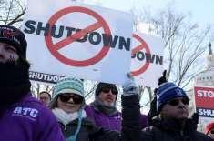 امریکی شٹ ڈاؤن، ہزاروں ورکرز کا تنخواہوں کی عدم ادائیگی کیخلاف مظاہرہ