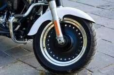 شارجہ: موٹر سائیکلوں کی رفتار میں تبدیلی کرانے والوں منچلوں کی شامت