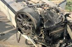 متحدہ عرب امارات میں ٹریفک حادثے میں 4بچوں کی ماں جاں بحق