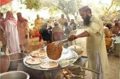 آزادی مارچ کا ہر کارکن 10,10روٹیاں کھاتا ہے، اسلام آباد میں آٹے کی شدید ..