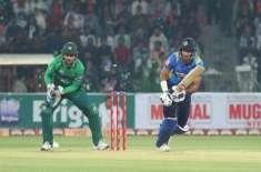 پہلا ٹی ٹونٹی ، سری لنکا نے پاکستان کو جیت کےلئے 166رنزکا ہدف دیدیا