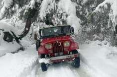 سوات میں شدید برفباری، درجنوں سیاح پھنس گئے