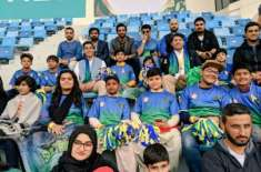 multan sultans brings cancer patient kids to watch psl4