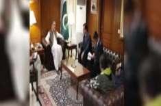 وزیر خارجہ شاہ محمود قریشی سے تاجک وزیر دفاع سے ملاقات ، دوطرفہ عسکری ..