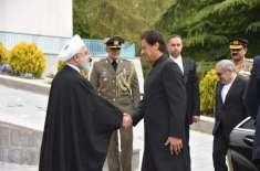 وزیراعظم عمران خان کے اعزاز میں ایران کے صدارتی محل میں باضابطہ استقبالیہ ..