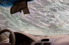 شارجہ: امارات روڈ پر فوجی اہلکاروں کی کار کو خوفناک ٹریفک حادثہ