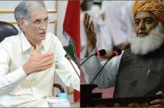 امید ہے مولانا فضل الرحمان مذاکرات کریں گے بھاگیں گے نہیں: وزیر دفاع ..