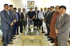 مسلم لیگ ن الریاض کے وفد کی سفیر پاکستان راجہ علی اعجاز  سے ملاقات