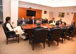 وزیر اعظم عمران خان سے امریکا میں مختلف وفود کی ملاقاتیں