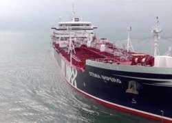 بحری جہاز پکڑنے کی پاداش میں برطانیہ کا ایران پر پابندیاں لگانے کا ..