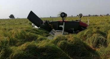 وزیر آباد کے قریب مشاق طیارے کی کریش لینڈنگ