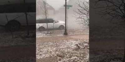ٹیکساس میں ژالہ باری، کئی گاڑیوں کو نقصان،گھروں کی کھڑکیوں کے شیشے ..