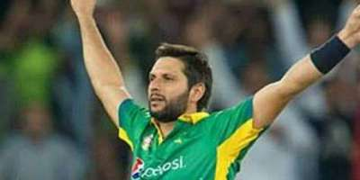 آسٹریلیا سے مسلسل دو میچوں میں شکست ، شاہد آفریدی نے قومی ٹیم کو نصیحت ..