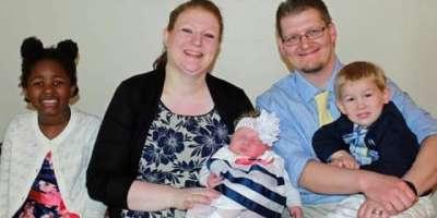 نیویارک' دنیا کے سب سے وزنی 15پونڈ کے بچے کی پیدائش، ماں بیٹا صحتمند
