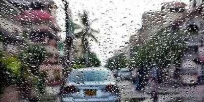 کراچی کے مختلف علاقوں میں موسم سرماکی پہلی بارش ،