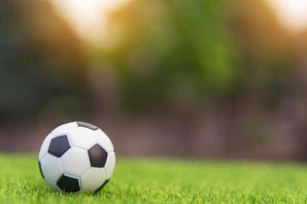 پاکستان فٹبال فیڈریشن سیاست کے باعث تباہی کا شکار ہے،رئیس خان