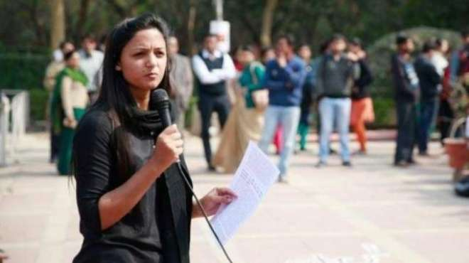 بھارتی فورسز رات کو گھروں میں داخل ہوجاتی ہیں، شہلا رشید