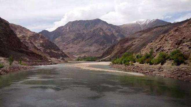 پاکستان میں گذشتہ چند سالوں کے دوران پانی کی فی کس دستیابی 5650مکعب میٹر ..