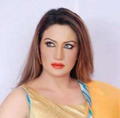 شہرت کی بلندیوں کا سفر مسلسل محنت سے ہی طے کیا جا سکتا ہے'صائمہ خان
