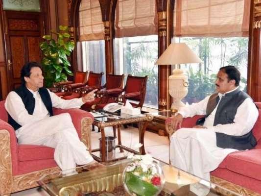عمران خان کو بچانے کے لیے عثمان بزدار یا محمود خان کی قربانی دیئے جانے ..