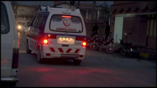تاندلیانوالہ میں جلہ موڑ چوک پر ایک اور خطرناک حادثہ،1 جاں بحق اور 3 ..