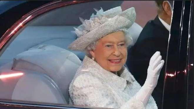 برطانوی رائل سینٹرل ایڈیٹر نے ٹوئٹر پر ملکہ برطانیہ کے حوالے سے پھیلنے ..