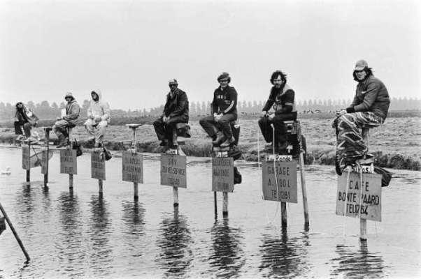 نیدرلینڈ میں کھمبوں پر گھنٹوں بیٹھے رہنا بھی ایک کھیل ہے