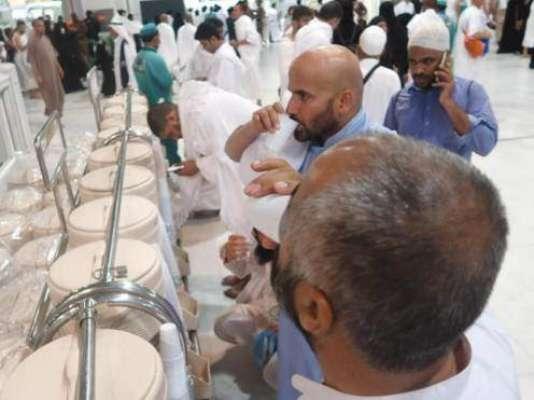رمضان المبارک کے دوران مسجد الحرام میں آبِ زمزم کے لیے 10 ہزار نئی بوتلیں ..