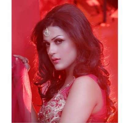 """لائیکا خان کی سٹیج ڈرامہ """"میری چاندنی""""میں عمدہ پرفارمنس منچلے بے .."""