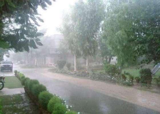 سردیاں اتنی جلدی جانے والی نہیں، محکمہ موسمیات نے مزید بارشوں کی پیشگوئی ..