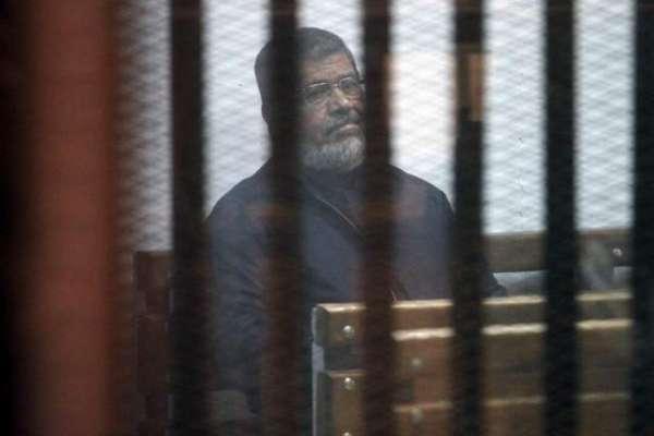 مصر کے سابق صدر محمد مرسی کمرہ عدالت میں پیشی کے دوران انتقال کر گئے