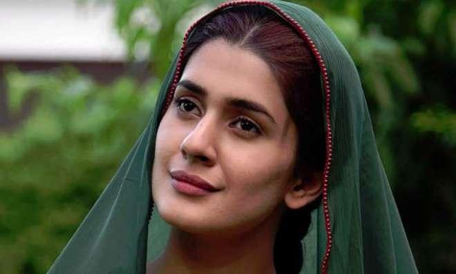 کبری خان اور سجل علی کے نئے کردار کی تصاویر وائرل