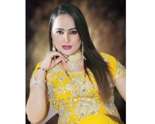 اداکارہ فرح ناز کی تین سال کے طویل وقفے کے بعد الحمرا میں واپسی