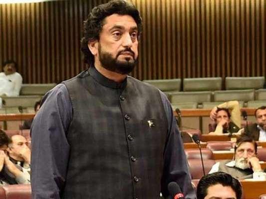 حکومت عمران خان کے ویژن کے مطابق اپنی فورسز کو تمام جدید ٹیکنالوجی ..