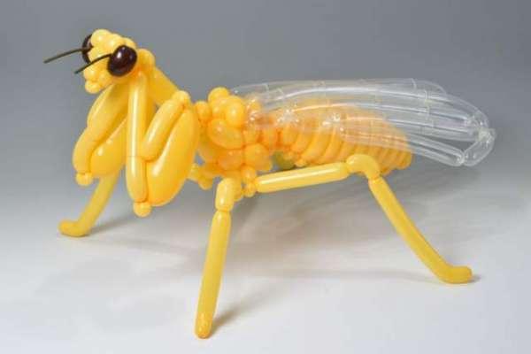 غباروں سے جانور بنانے والا باصلاحیت فنکار
